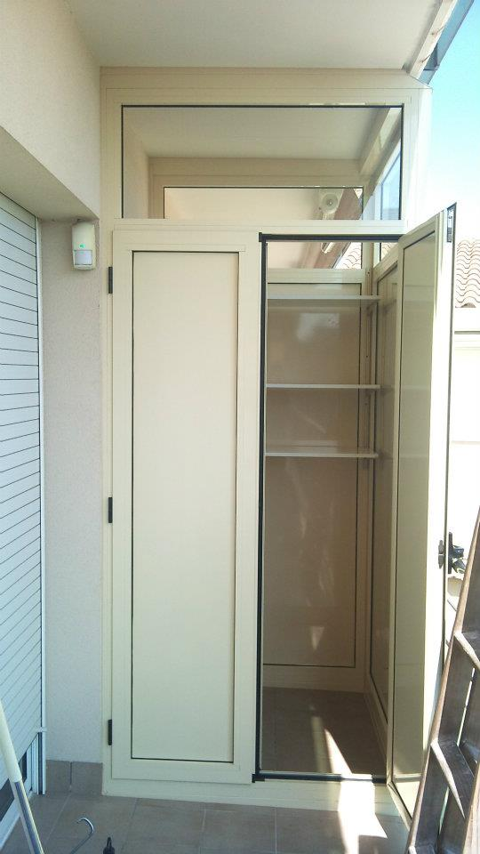 Armario aluminio armarios aluminio para terrazas luxo for Precio armario aluminio terraza